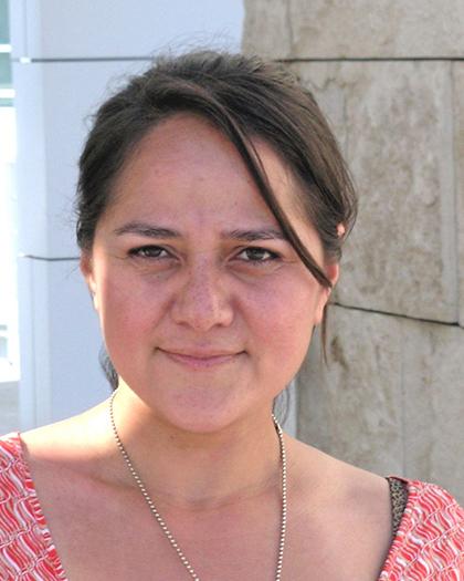 Cristina González, Hargis Fellow
